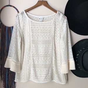 Stylus | Embroidered Lace 3/4 Sleeve Top (EUC)
